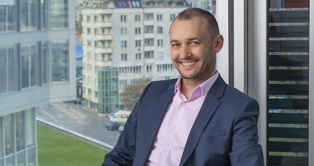 Motorola își lansează în România magazinul online și tintește o cotă de piață de două cifre