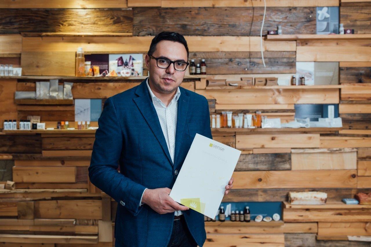ROCA devine acționar în CAHM Europe după achiziția unui pachet de 24%