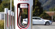 Capitalizarea de piaţă a Tesla a depăşit-o pe cea a Facebook