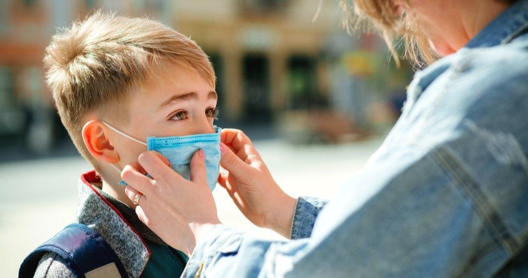 Ministerul Sănătății: 1,15 milioane de teste rapide antigen au fost distribuite în școli