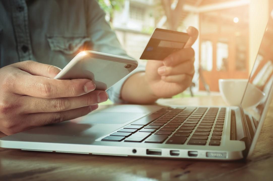 """Ce """"reguli"""" trebuie să respecți dacă vrei să faci bani în online și cât de importantă e prezența pe un marketplace"""