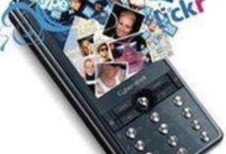 Operatorii telecom: Telefoanee smartphone si-ar putea tripla cota de piata anul acesta