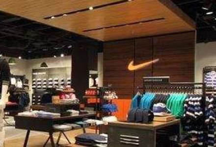 Vezi cum arata cel mai mare magazin Nike din Romania