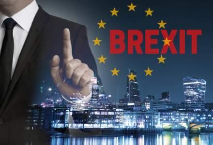 Primele unde seismice ale Brexit: aurul se scumpeste cu 7,2%, iar petrolul pierde 4%