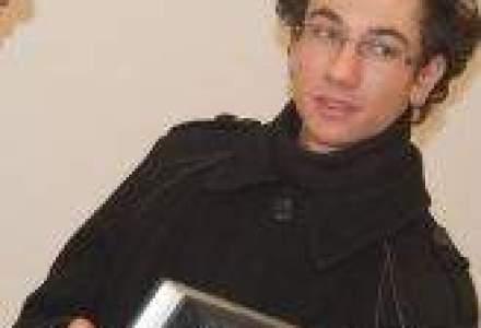 Un student a cumparat primul telefon cu Android 2.3 din Romania. De ce a ales acest model