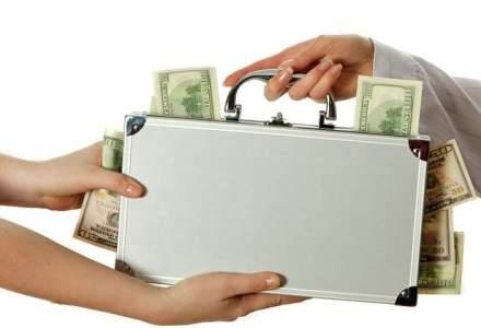 Topul celor mai mari salarii ale reprezentantilor statului: cine trece de 30.000 de euro lunar