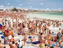 Peste 70.000 de turisti isi...