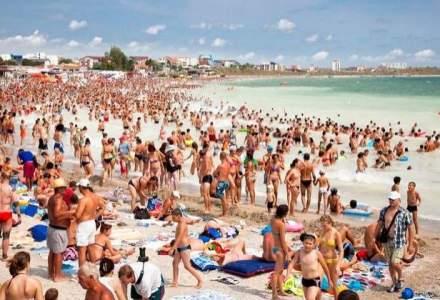 Peste 70.000 de turisti isi petrec weekendul in statiunile de pe litoral
