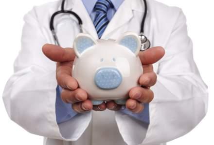 Colegiul Medicilor Bucuresti: Solutia pentru ca tinerii doctori sa ramana in tara nu sta in ajutoare sociale, ci in salarii decente