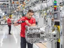 Porsche a investit 80 mil....