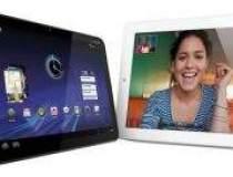iPad 2 vs. Motorola Xoom vs....