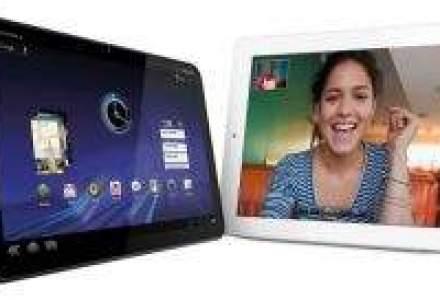 iPad 2 vs. Motorola Xoom vs. Playbook vs. TouchPad - Lupta!