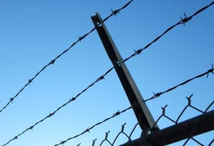 Peste 750 de detinuti protesteaza in 13 penitenciare: 10 dintre ei se afla pe acoperisuri