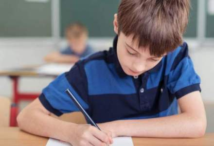 Peste 2.300 de elevi din alte judete, inscrisi pentru admiterea la licee din Capitala