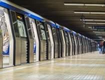 Doua statii de metrou de pe...