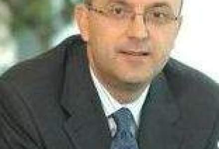 Seful UniCredit Tiriac: Creditul ipotecar moare daca restrictionam imprumuturile in valuta