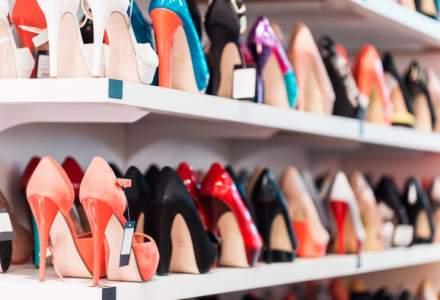 """Salarii mici si conditii mizere pentru lucratorii din fabricile romanesti unde se produc pantofi """"Made in Italy"""""""