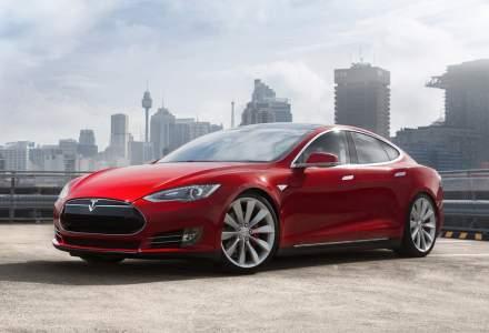 Tesla a devenit a doua cea mai rapida masina din lume