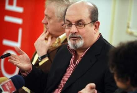 Salman Rushdie: Daca as publica astazi Versetele satanice, as fi acuzat de islamofobie. Intr-o democratie nu exista blasfemie