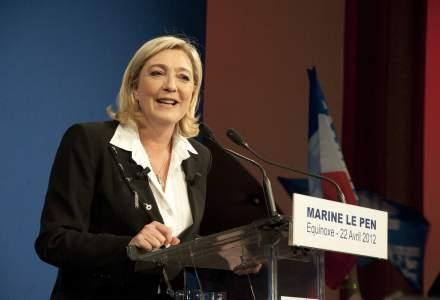Marine Le Pen spune ca va organiza un referendum pe tema iesirii Frantei din UE daca este aleasa presedinta in 2017