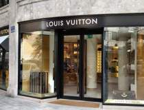 Louis Vuitton lanseaza...