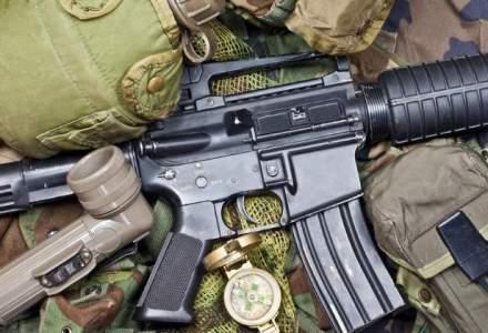 """Cei trei """"traficanti de arme"""" din reportajul Sky News raman in arest preventiv"""