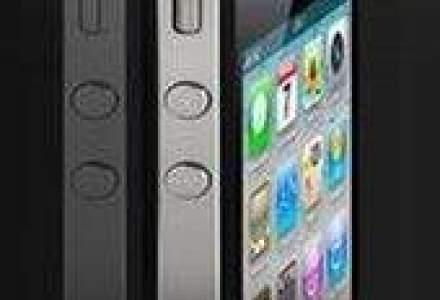 Smartphone-urile au crescut piata telefoanelor mobile cu 17% in primul trimestru