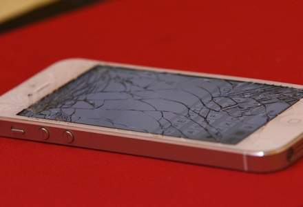 [VIDEO] Magazin Apple, vandalizat de un client nemultumit: pagube de peste 13 mii de euro