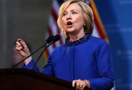 Hillary Clinton il devanseaza cu sapte puncte procentuale pe Donald Trump