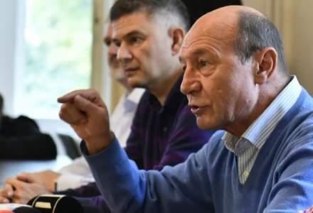 Traian Basescu, la intalnirea cu unionistii, despre referendumul pentru Unire: Poate ingropa o idee, vezi Cameron in Marea Britanie
