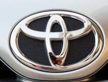 Toyota recheama 5,8 milioane...