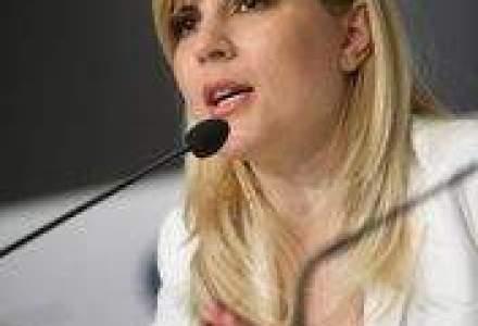Udrea a semnat un contract de 30,8 mil. lei pentru drumuri in Brasov