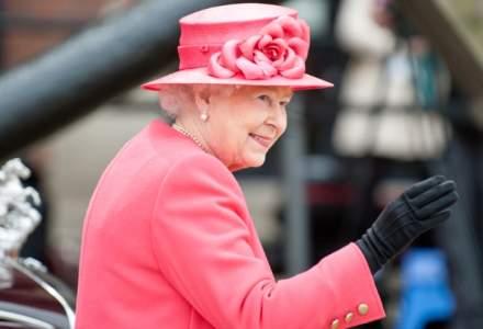 Regina Elizabeth il va invita pe presedintele-ales american Donald Trump pentru o vizita de stat in Marea Britanie