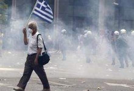 Grecia asteapta verdictul: Ce se intampla in Romania in cazul unui DEFAULT?