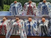 Zeci de camasi romanesti din...