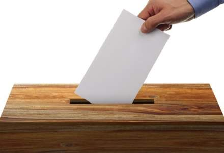 Peste 50 de milioane de italieni sunt chemati la urne intr-un referendum controversat, care ar putea sa genereze un nou soc dupa Brexit