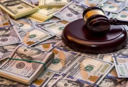CCR a amanat pentru 14 decembrie contestatiile la legea care majoreaza salariile in sanatate si educatie