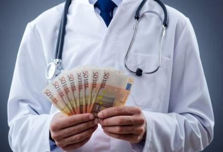 Chirurgul Gheorghe Burnei ar fi cerut intre 1.000 de lei si 1.000 de euro pentru o operatie