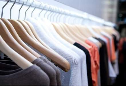 Idei de afaceri: Patru tineri vand online imbracaminte in valoare de aproximativ 200.000 euro