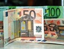 Intrarea Greciei in default...