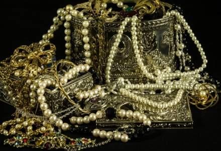 ANAF nu a reusit sa vanda cele 47 kilograme de bijuterii de aur si argint. Va incerca din nou la anul