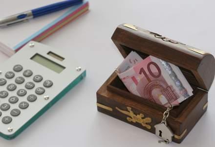 Invata sa economisesti pe Scoala de Bani! Care sunt diferentele dintre produsele bancare de economisire