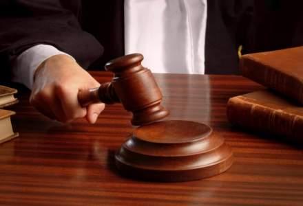 Legea pentru abilitarea Guvernului de a emite ordonante in vacanta, raport favorabil in Comisia juridica a Camerei