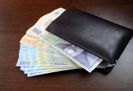 Proiectul prin care salariul minim brut pe tara creste la 1.450 de lei din 1 februarie, supus dezbaterii publice