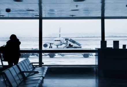 Sute de turisti romani care se intorc din vacantele de Revelion, blocati pe aeroporturi din Turcia