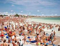 Surpriza pe litoral: turistii...