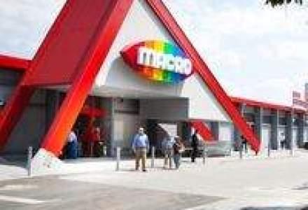 Patriciu investeste 2 mil. euro in extinderea lantului de magazine Macro