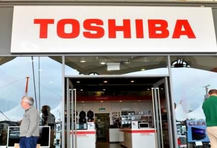 Toshiba ar putea reevalua in scadere activele nucleare cu 6 miliarde dolari; actiunile scad cu 15%