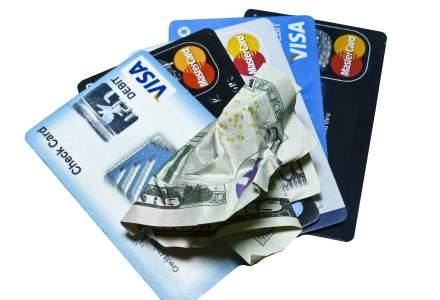 Invata sa utilizezi corect un card de credit si poti ajunge sa nu platesti deloc dobanda bancii