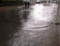 Inundatii devastatoare in...